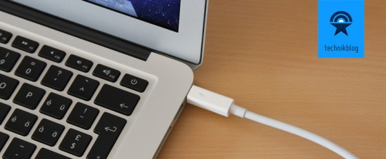 MacBook Air Thunderbolt Anschluss für Display