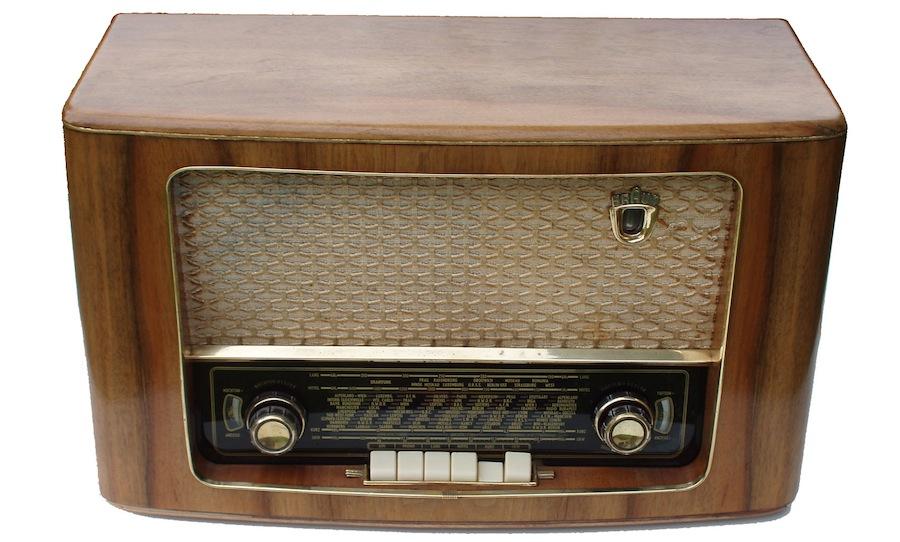 Braun 66UKW Röhrenradio
