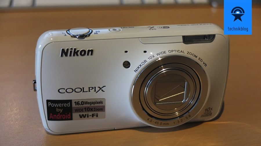 Nikon Coolpix S800C - Review - Frontseite