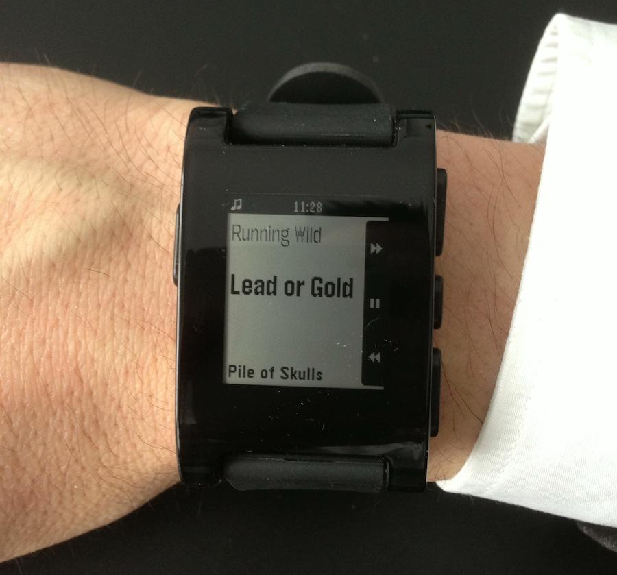 Testbericht Pebble Smartwatch -Musiksteuerung