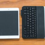 Logitech Ultrahin Keyboard Mini & Folio-1