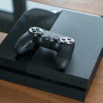 Sony Playstation 4 und der Dualshock 4 Controller