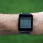 Die LG G Watch informiert über das Wetter.