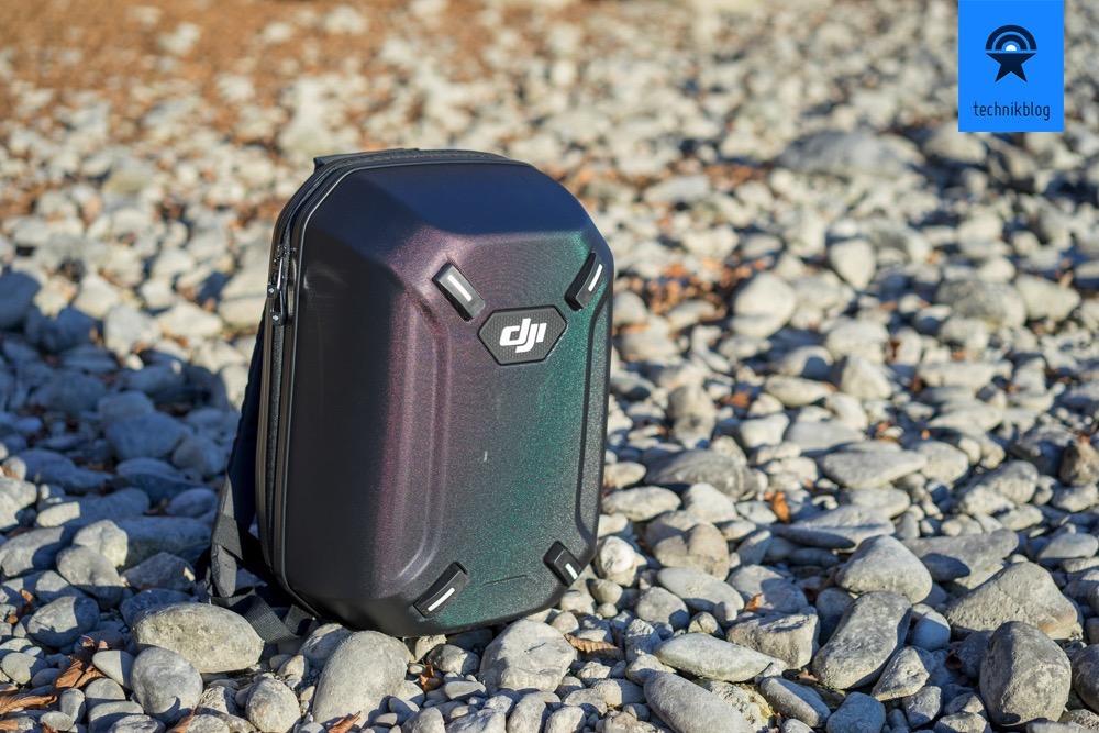 Die DJI Phantom 3 Pro lässt sich praktisch im Hartschalen-Rucksack mit allem Zubehör verstauen