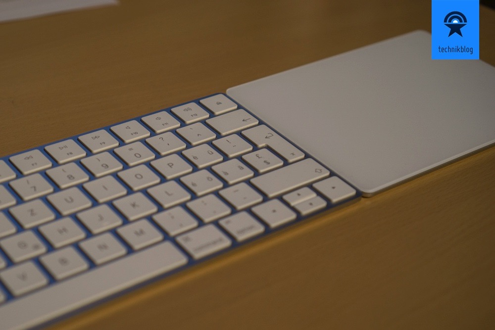 Apple Magic Keyboard & Trackpad 2