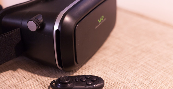 Virtual Reality 3D Brille mit Bluetooth Controller