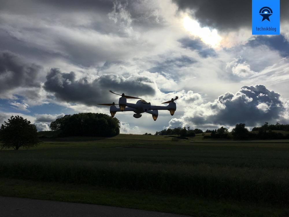 Hubsan H501s X4 beim Jungfernflug