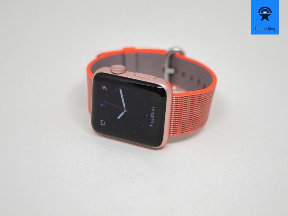 Mit 1000 Nits leuchtet die Apple Watch Series 2
