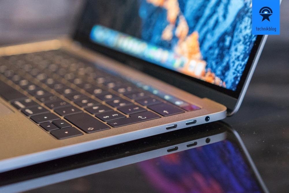 MacBook Pro mit Touchbar und 4 Thunderbolt 3 Ports