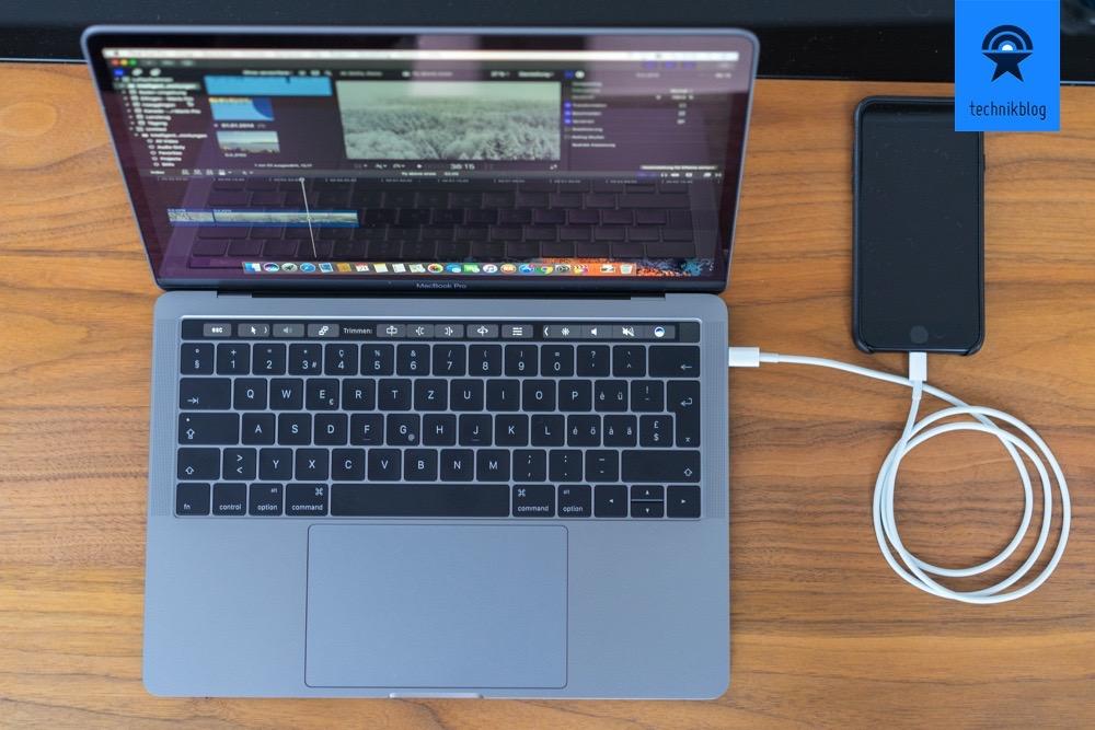 Apple MacBook Pro: Touch Bar und vier Thunderbolt 3 Ports (USB-C)