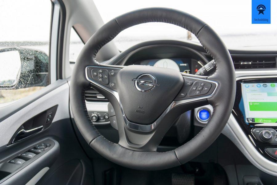 Opel Ampera-e Lenkrad - eine beheizbare Schaltzentrale
