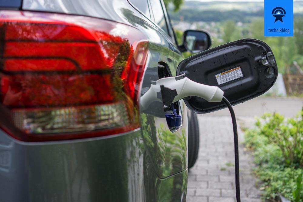Plug-in-Hybrid - kann zu Hause geladen werden
