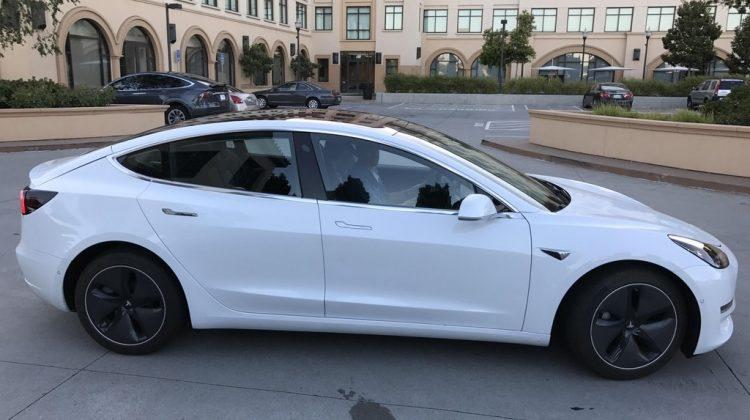 Tesla Model 3: Leak-Bilder des neuen Tesla Autos aufgetaucht