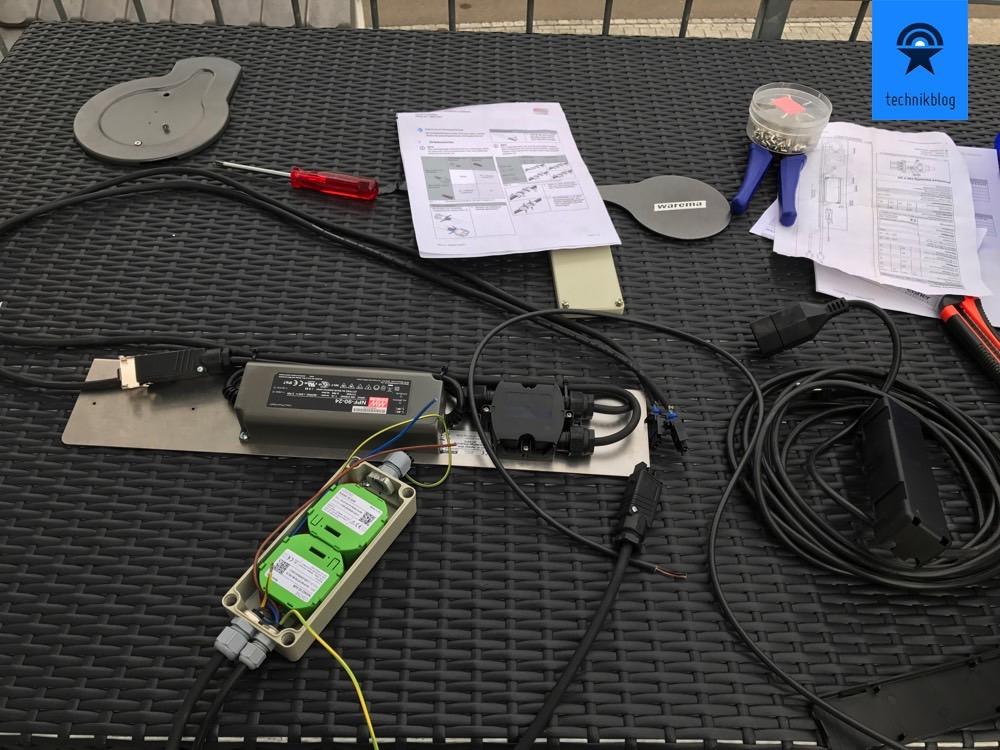 Loxone Markisensteuerung - zwei Nano IO Air für Markise und LED-Beleuchtung