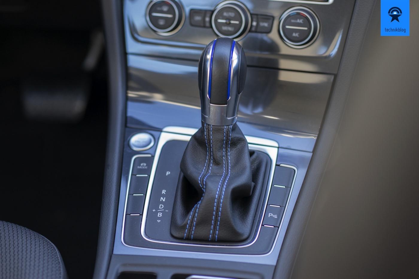 """VW e-Golf: Startknopf und """"Schalthebel"""""""