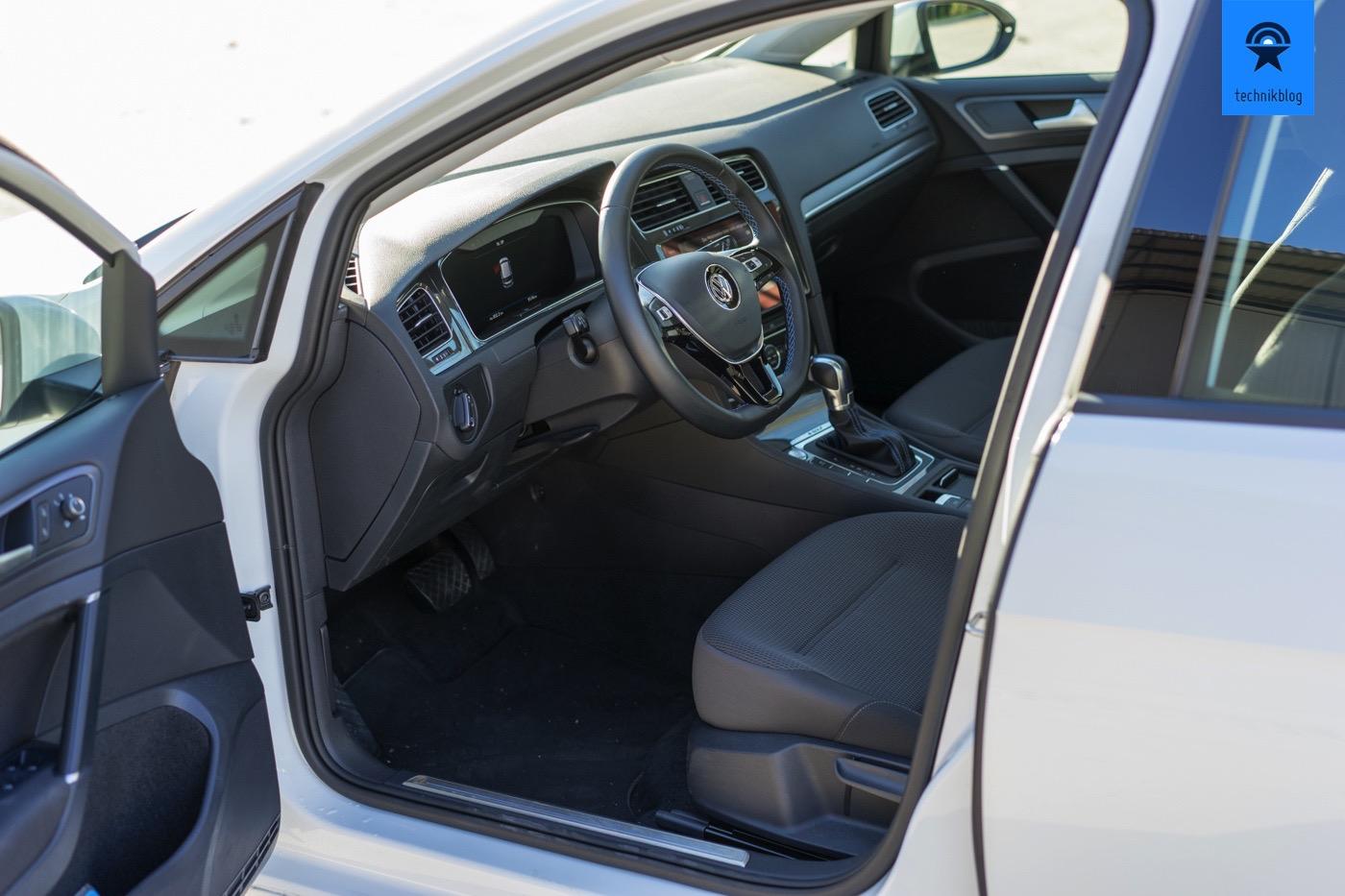 VW e-Golf: Fahrerraum