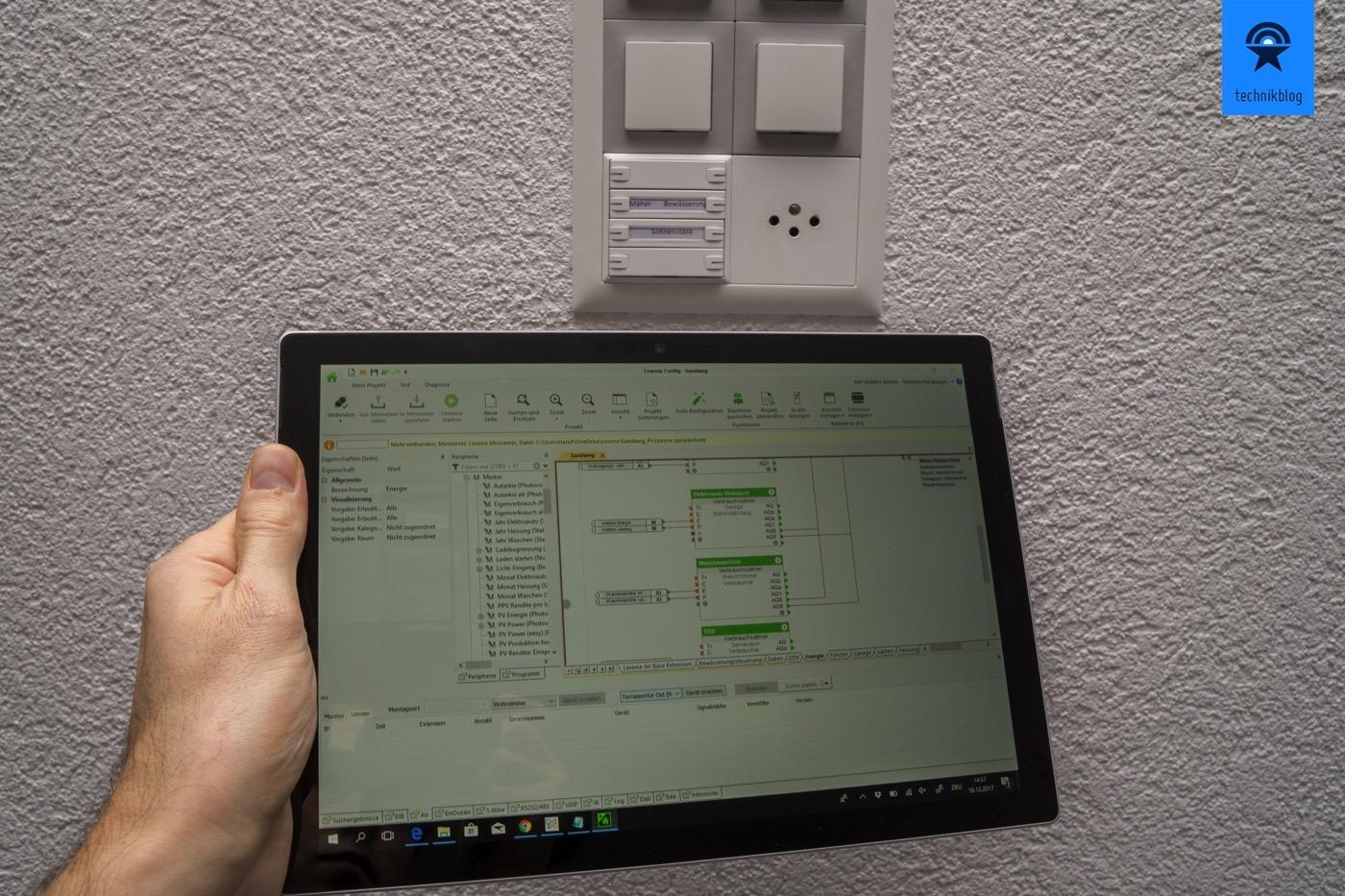 Das Surface Pro ist ideal für Smart Home Programmierung mit Loxone