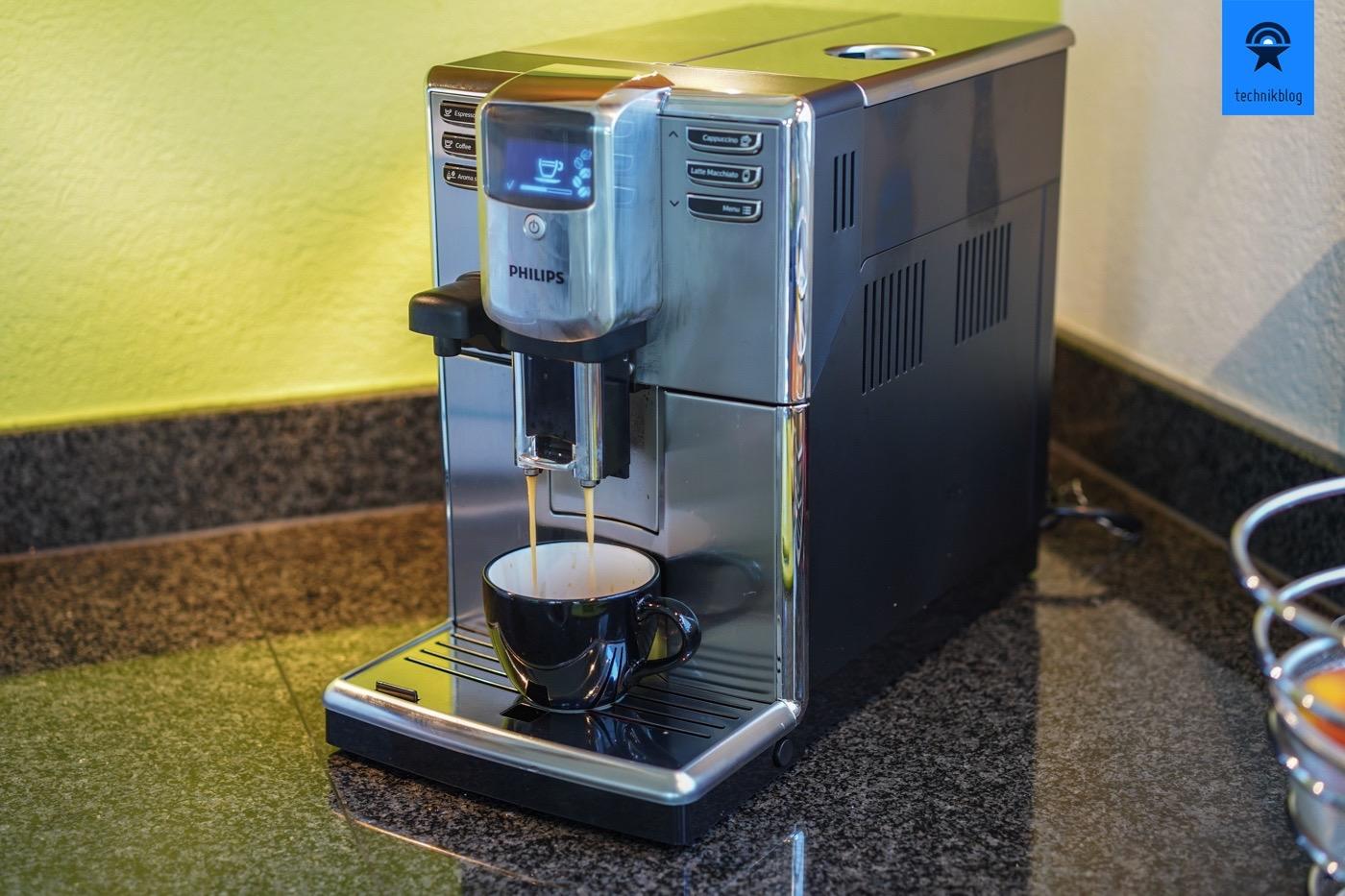 Der erste Kaffee aus dem Philips Kaffeevollautomat