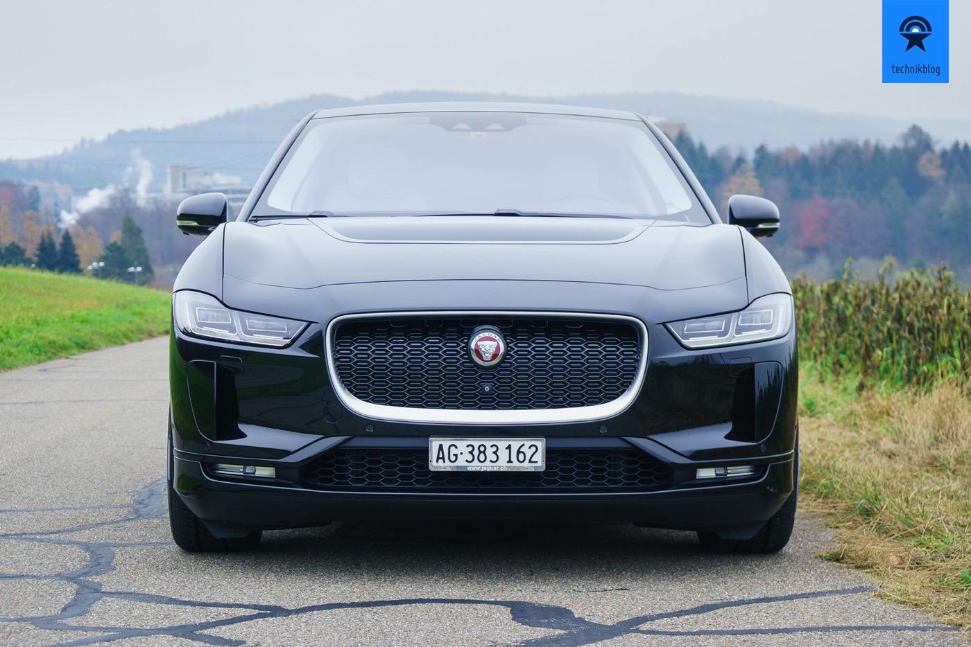 Die bullige Front des Jaguar I-Pace