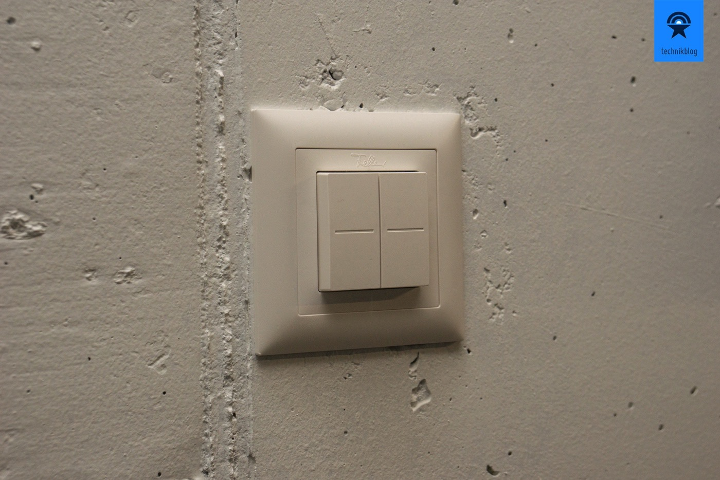 Feller Smart Light Control in 1-fach Rahmen verbaut