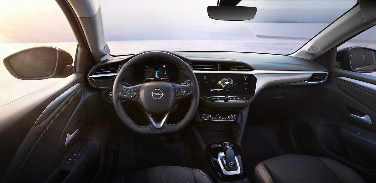 Opel Corsa-e mit modernem Cockpit