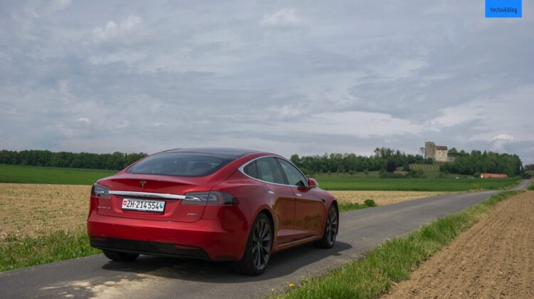 Tesla Autopilot Test mit Model S