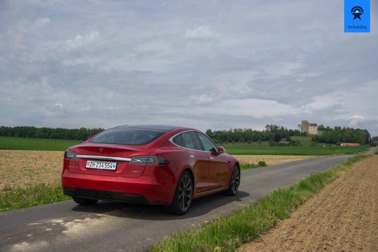Tesla Autopilot Test mit Model S