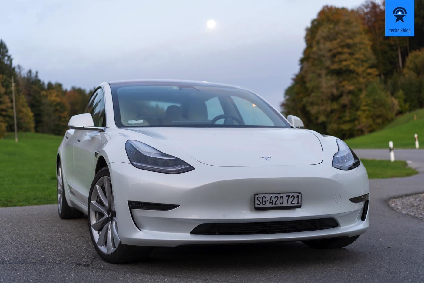 Tesla Model 3 im Technikblog