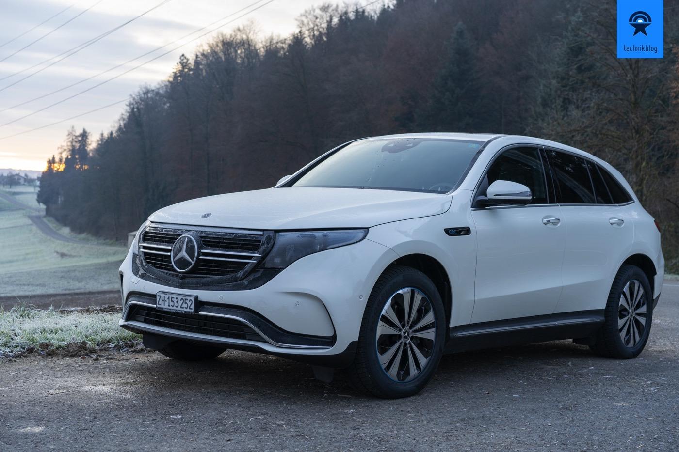 Mercedes EQC mit Morgentau