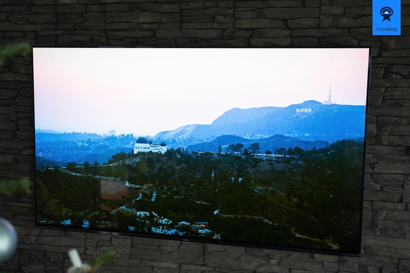 Sony AG9 TV mit 4K OLED Display im Test