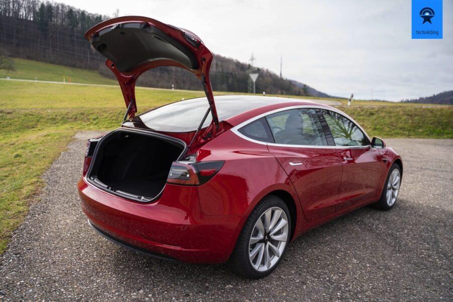 Tesla Model 3 Kofferraum