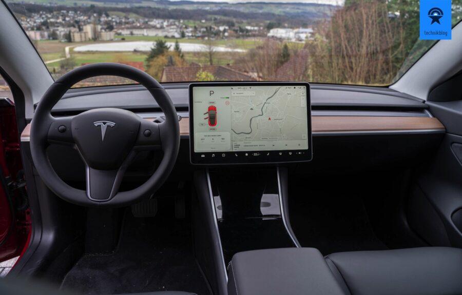 Tesla Model 3 Cockpit