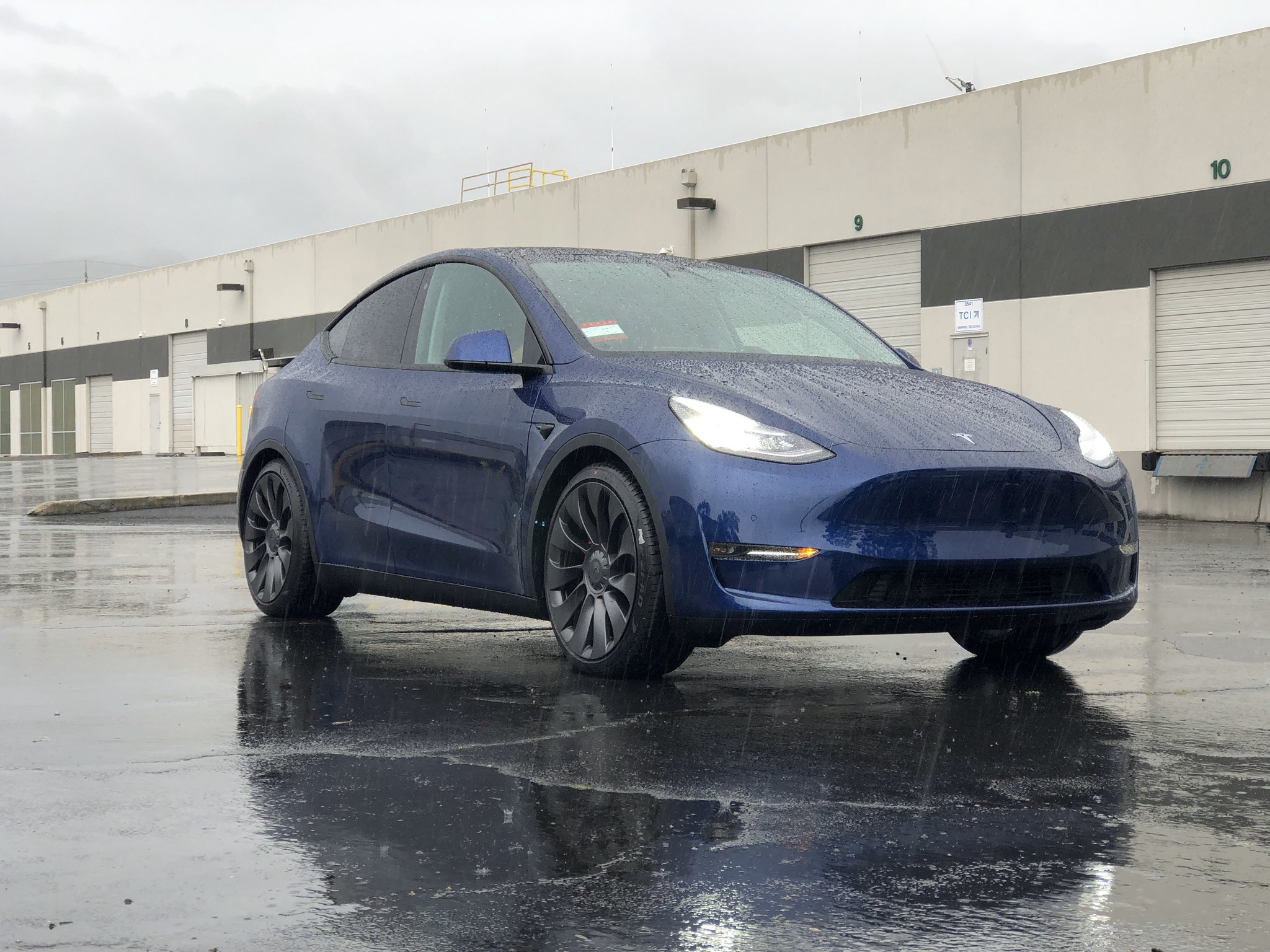 Tesla Model Y von @SCMountainDad