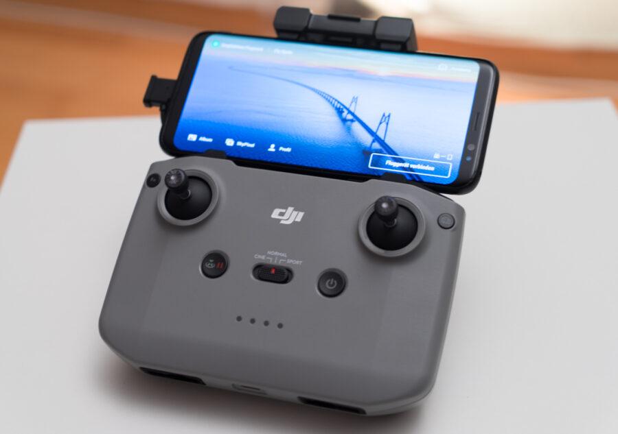 DJI Mini 2 Fernsteuerung mit Smartphone