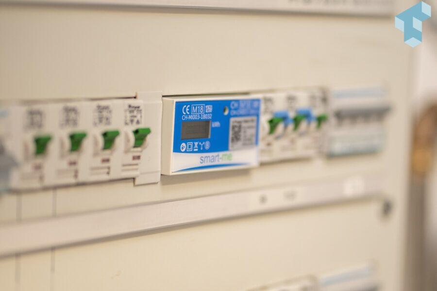 Die 3-Phasen Zähler von smart-me messen bei mir den Hauseingang und PV-Strom
