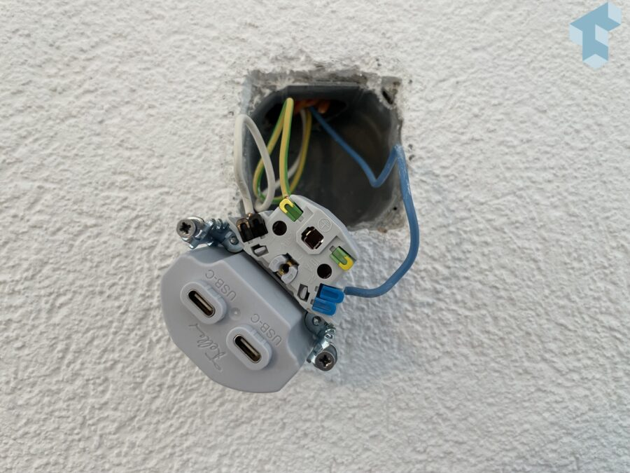 Feller USB-C Steckdose im Einbau