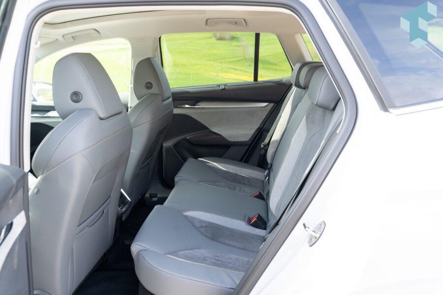Rücksitze im Enyaq iV bieten reichlich Platz