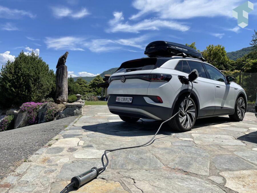 Das Elektroauto in der Ferienwohnung laden mit dem Juice Booster 2