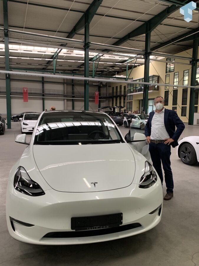 Ich und mein Tesla